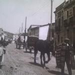 L'actual carrer Gran de Sant Andreu, en el tram abans anomenat de Tramuntana. Entre 1910 i 1915. A la dreta i fent cantonada amb el carrer de Verdet s'hi pot veure l'edifici del Casal del Salí, primera ubicació de la Casa Asil. Autor desconegut. Fons Agrupació Excursionista Muntanya.