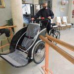 La Casa Asil ja disposa del primer 'rickshaw' a Catalunya adaptat per a persones amb problemes de mobilitat reduïda.
